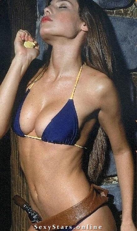 Луисана Лопилато голая. Фото - 9