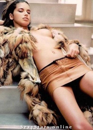 Адриана Лима голая. Фото - 14
