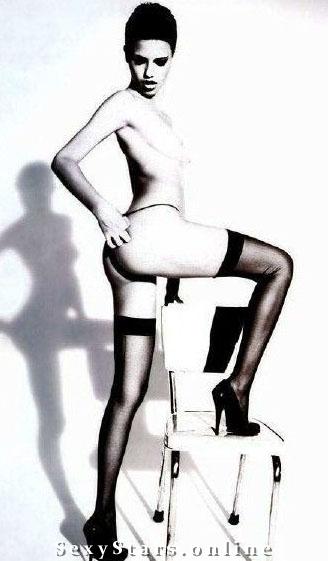 Адриана Лима голая. Фото - 19