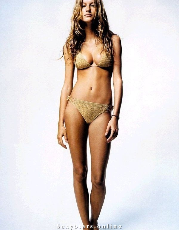 Gisele Bundchen nude. Photo - 18