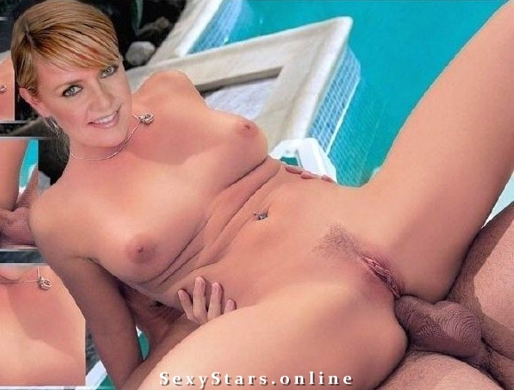 Amanda Tapping nude. Photo - 11