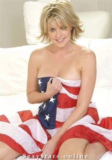 Amanda Tapping nude. Photo - 7