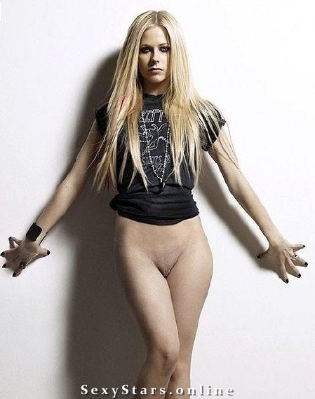Аврил Лавин голая. Фото - 20