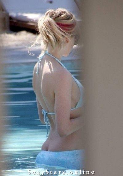 Аврил Лавин голая. Фото - 4