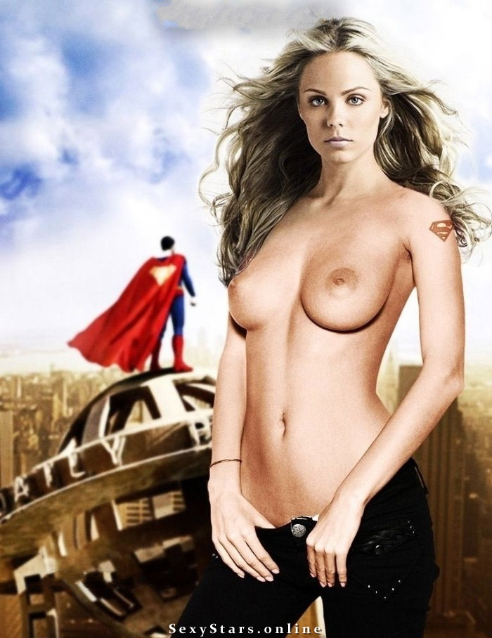 Laura vandervoort nude gallery