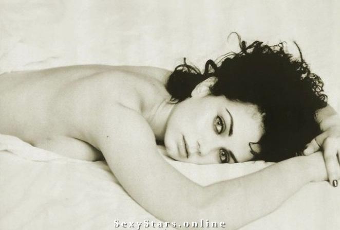 Миа Киршнер голая. Фото - 20