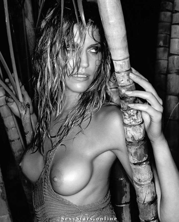Триша Хелфер голая. Фото - 18