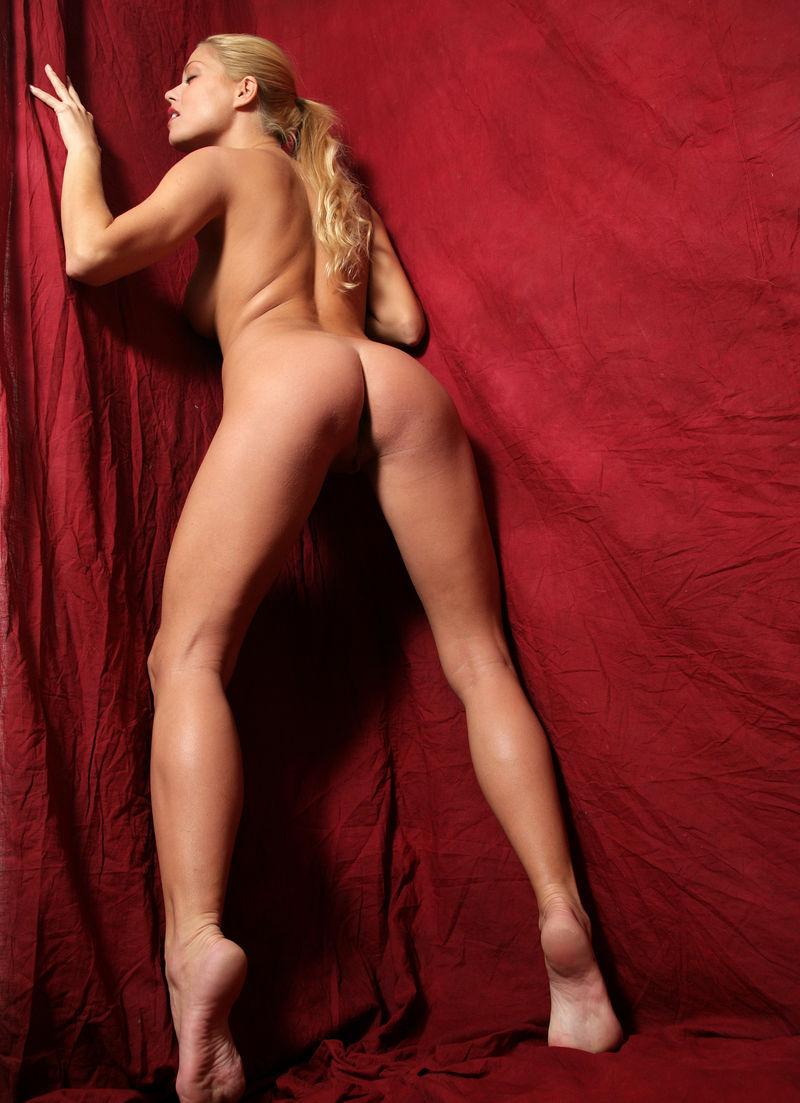 Адриана Малкова голая. Фото - 19