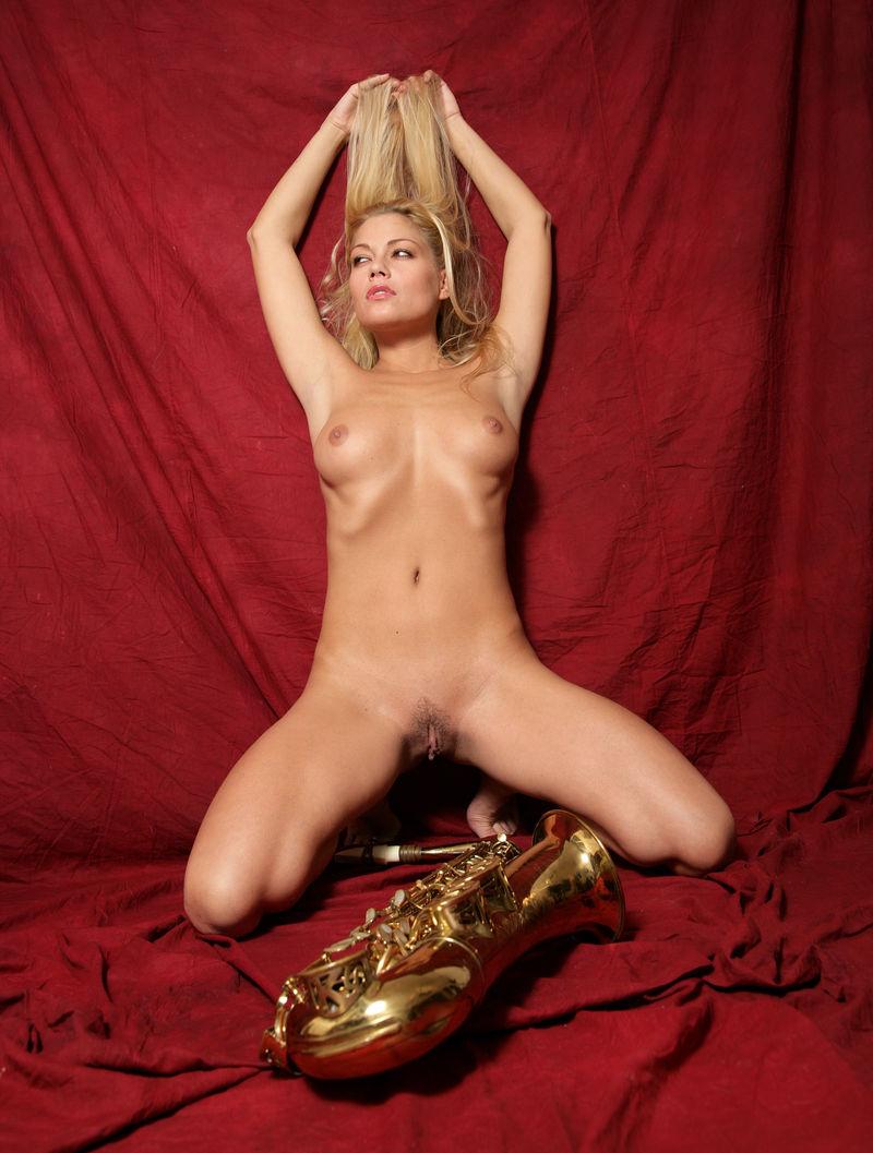 Адриана Малкова голая. Фото - 26