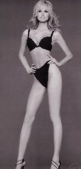 Адриана Скленарикова голая. Фото - 27