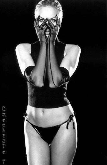 Адриана Скленарикова голая. Фото - 43