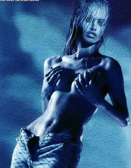 Адриана Скленарикова голая. Фото - 5