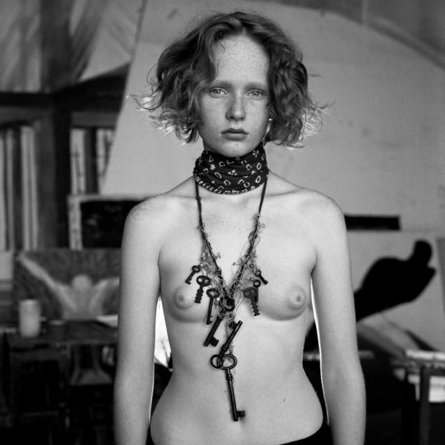 Анна Гейслерова голая. Фото - 4