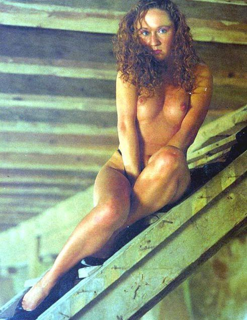 Бара Басикова голая. Фото - 10