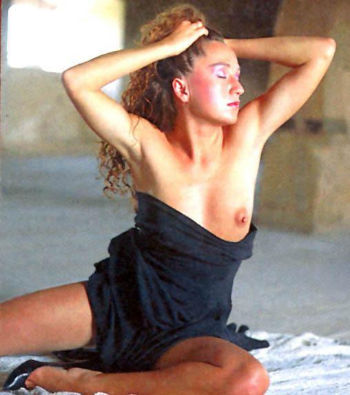Бара Басикова голая. Фото - 20