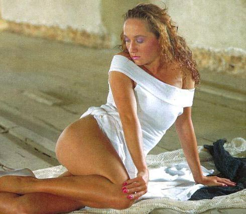 Бара Басикова голая. Фото - 27