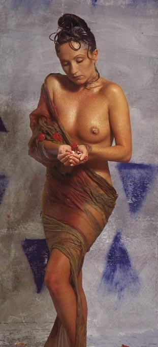 Бара Басикова голая. Фото - 3