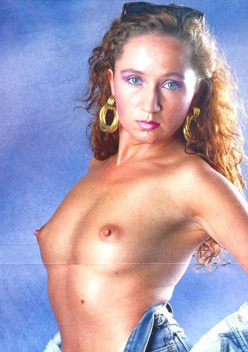 Бара Басикова голая. Фото - 8