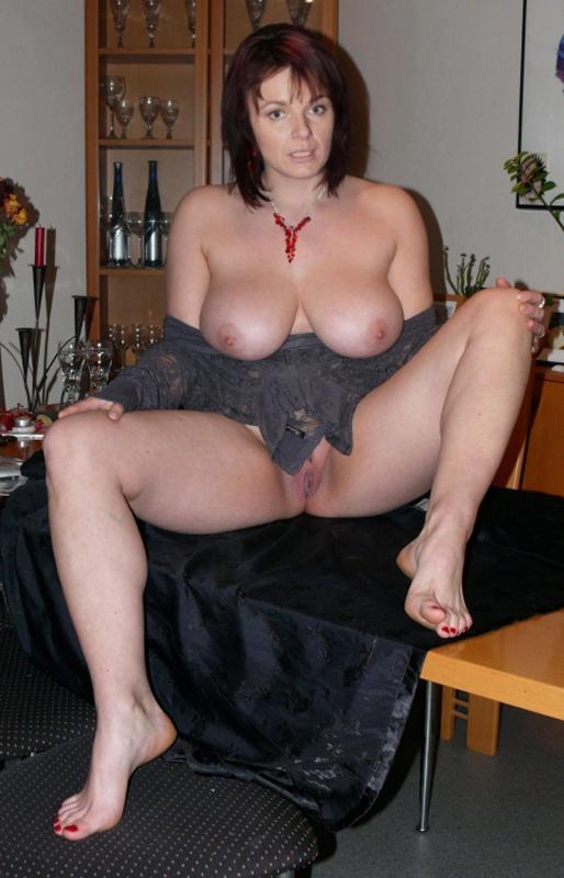 Барбора Мунзарова голая. Фото - 3