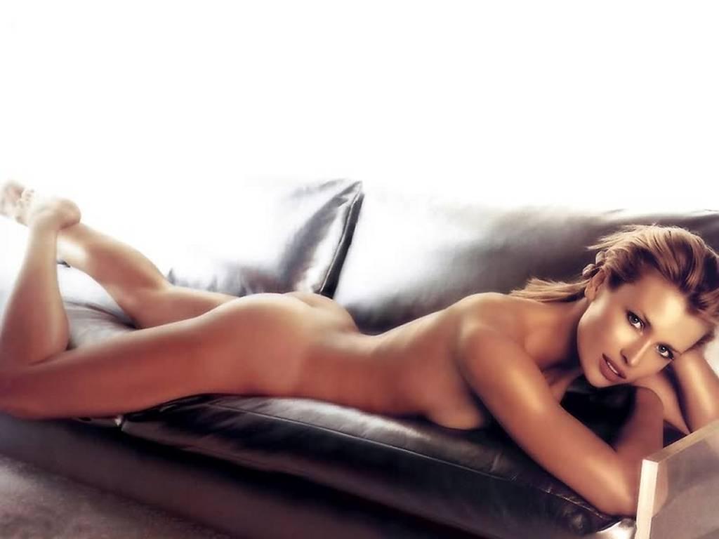 Даниэла Пештова голая. Фото - 23