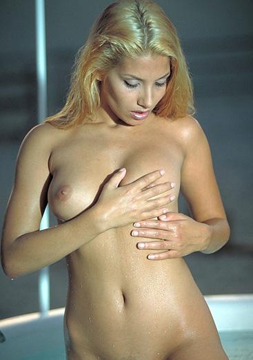Ева Айхмайерова голая. Фото - 153