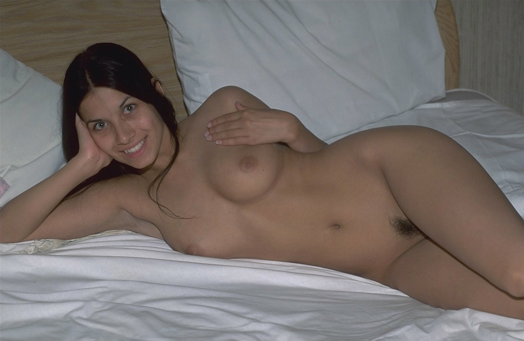 Ева Айхмайерова голая. Фото - 2