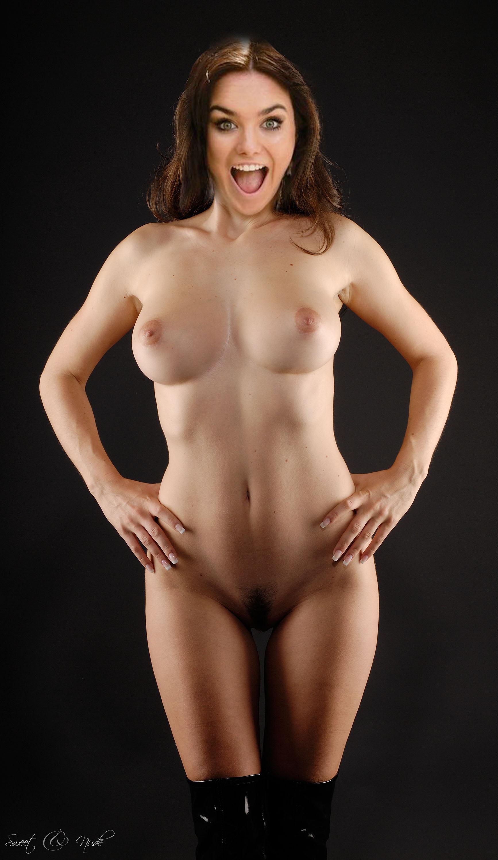 Ева Фарна голая. Фото - 21