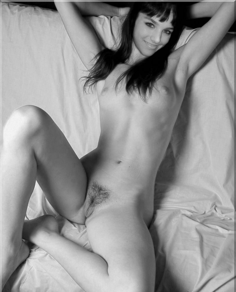 Ева Фарна голая. Фото - 30