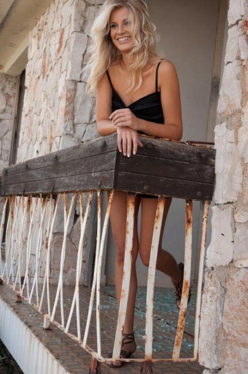 Хана Верна голая. Фото - 8