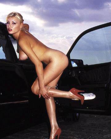 Хелена Зетова голая. Фото - 4