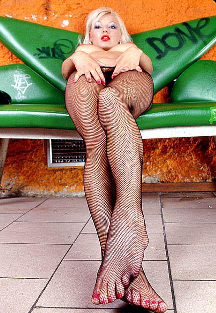 Хелена Зетова голая. Фото - 40
