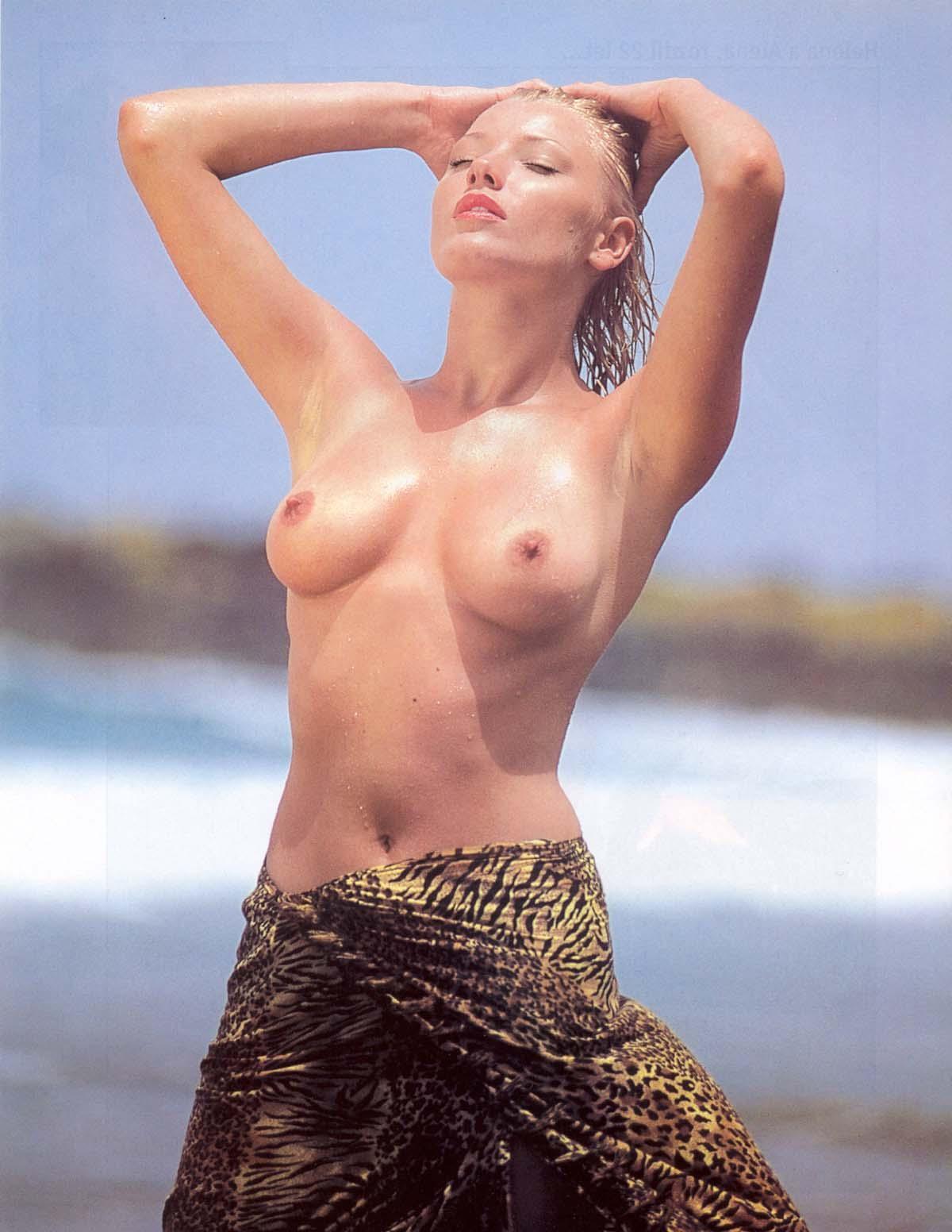 Хелена Зетова голая. Фото - 55
