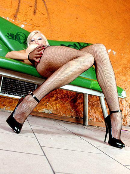 Хелена Зетова голая. Фото - 58