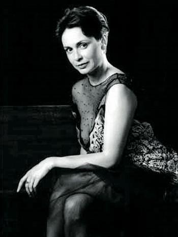 Илона Свободова голая. Фото - 1