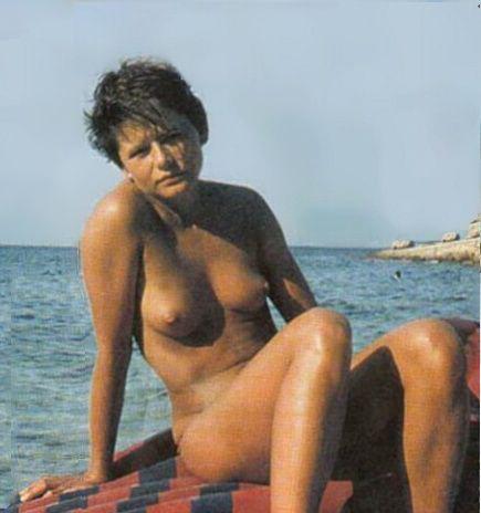 Жена галина иванова голая игрушку