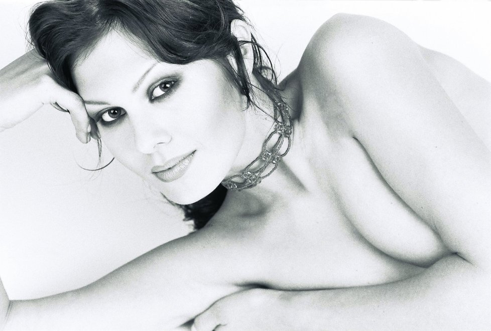 Яна Долежелова голая. Фото - 13