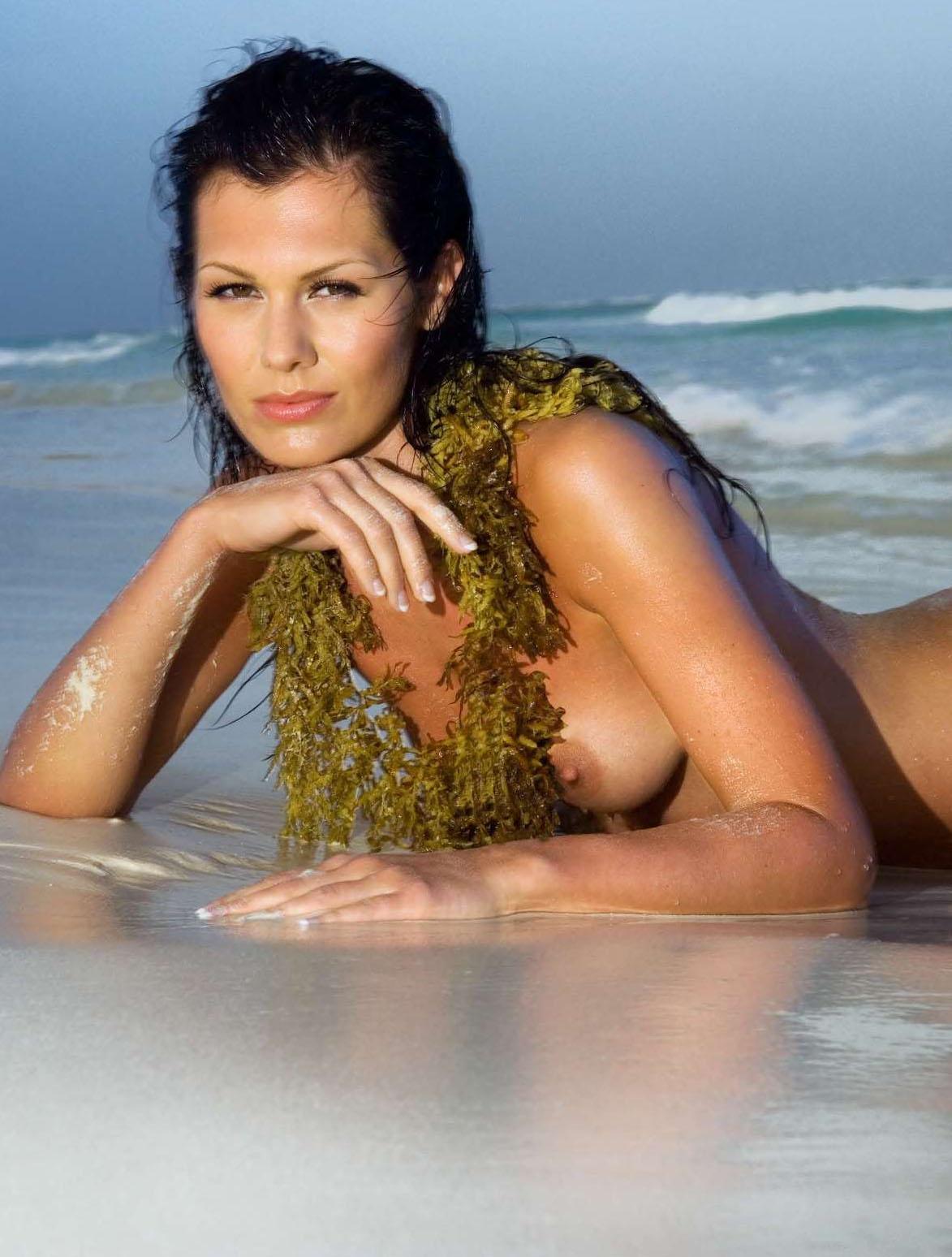 Яна Долежелова голая. Фото - 22