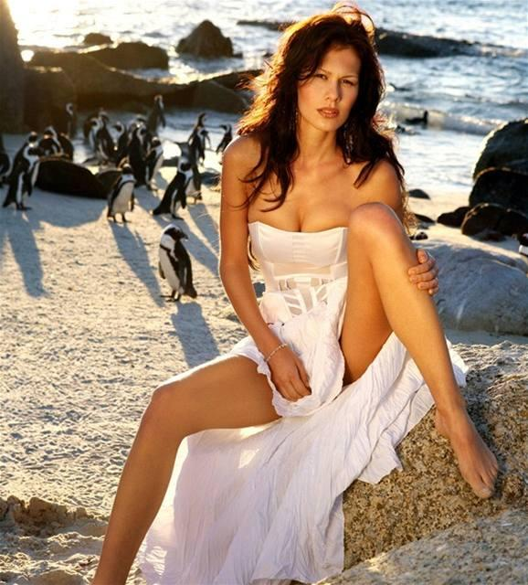 Яна Долежелова голая. Фото - 4