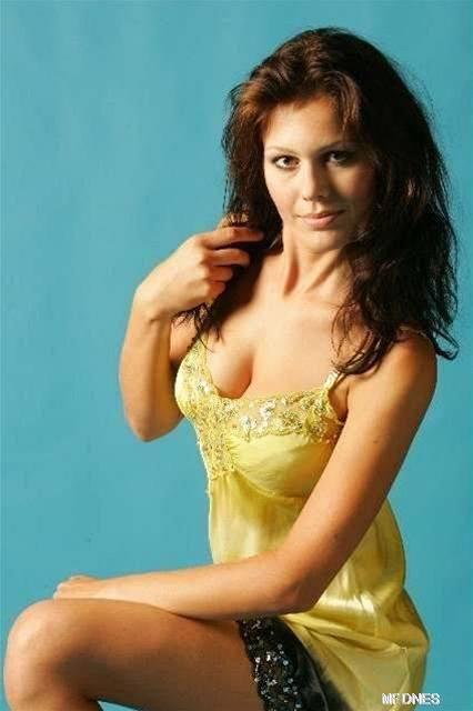 Яна Долежелова голая. Фото - 6