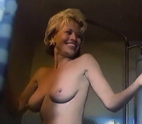 Яна Швандова голая. Фото - 15