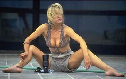 Яна Швандова голая. Фото - 4