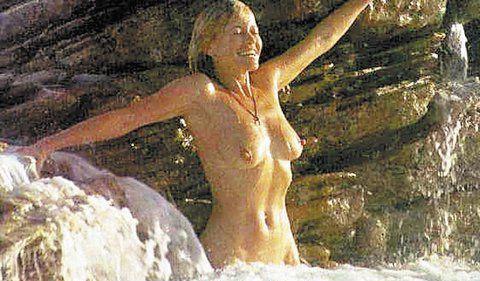 Яна Швандова голая. Фото - 6