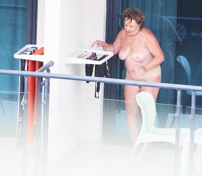 Иржина Богдалова голая. Фото - 6
