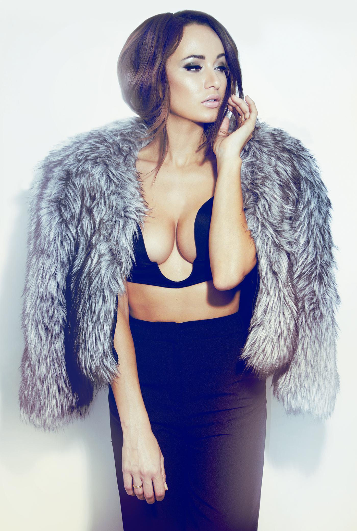 Каролина Крезлова голая. Фото - 13