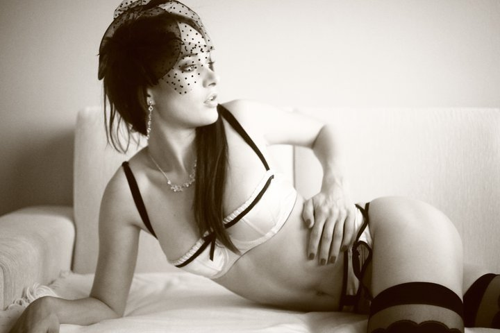 Каролина Крезлова голая. Фото - 18