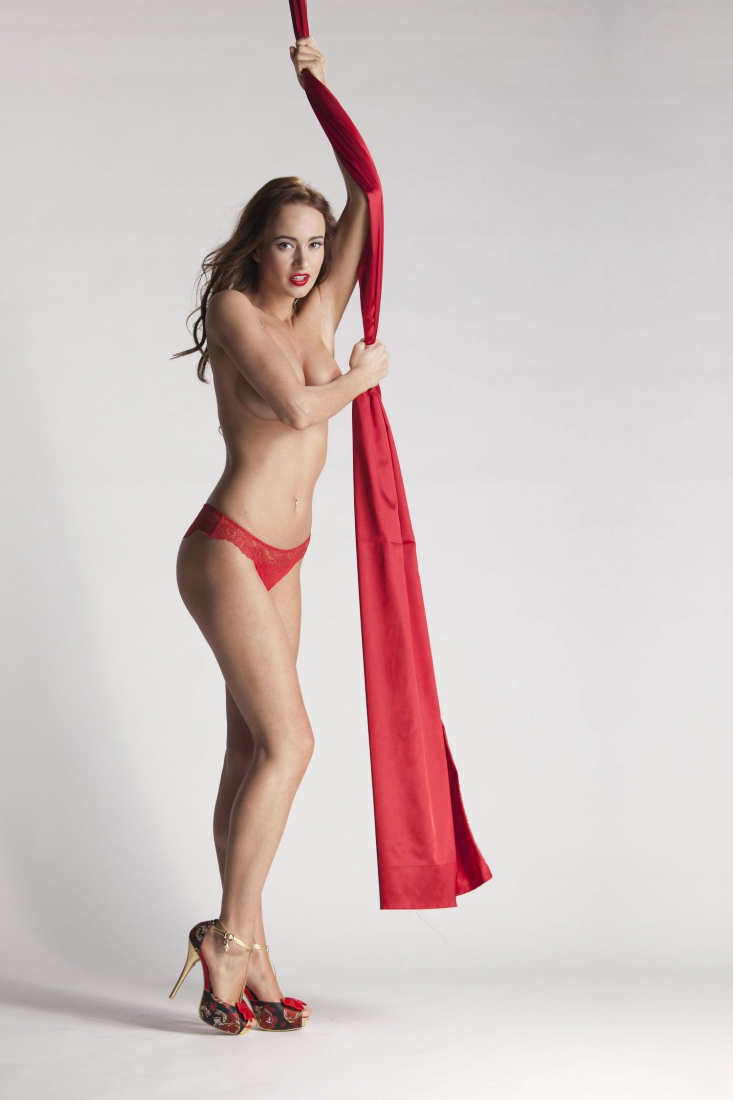 Каролина Крезлова голая. Фото - 40