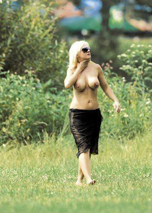 Катержина Хамрова голая. Фото - 10