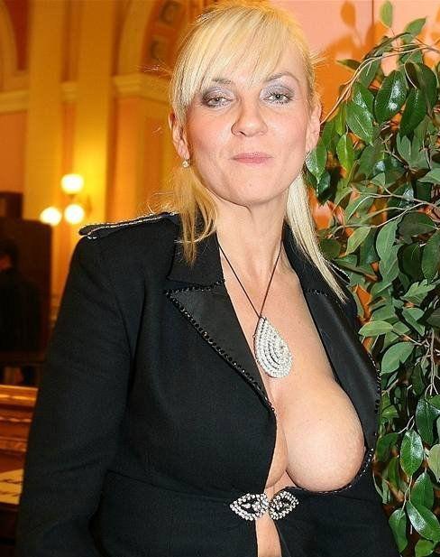 Катержина Хамрова голая. Фото - 3