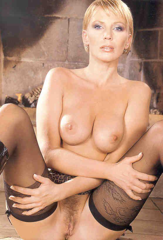 Kateřina Kornová nahá. Fotka - 17