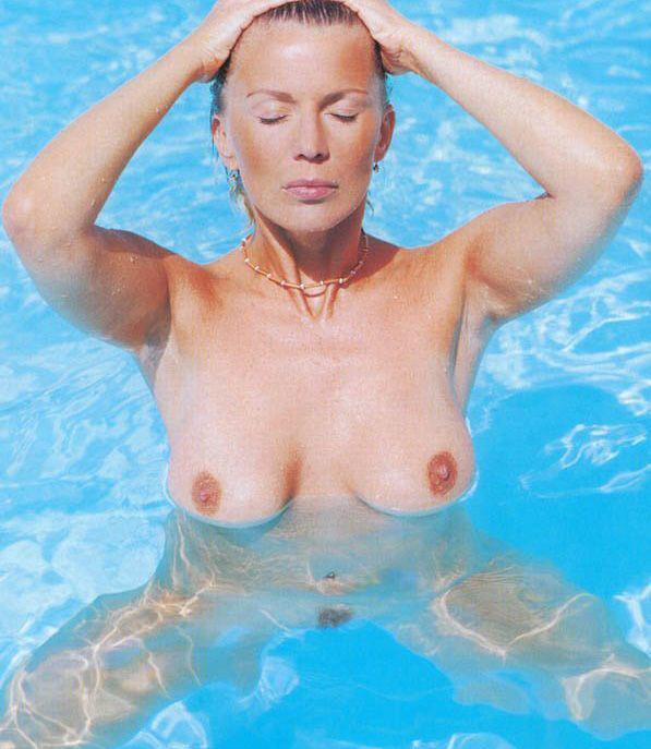 Kateřina Kornová nahá. Fotka - 3